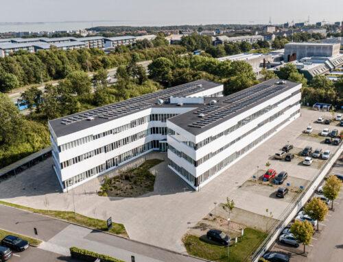 Dronefotografering nær HEMS (Lægehelikopter)